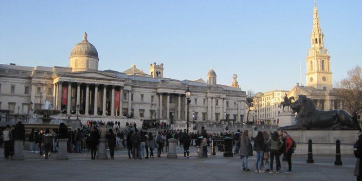 Trafalgar Square by Juliamaud