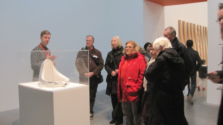 Learning about Marcel Duchamp - Fountain 1917, replica 1964 - photo by Juliamaud