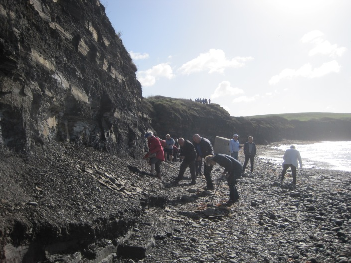 Group on Kimmeridge Bay by Juliamaud