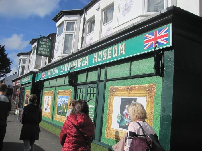 the British Lawnmower Museum - photo by Juliamaud