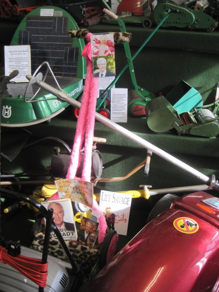 Paul O'Grady's pink push mower - photo by Juliamaud