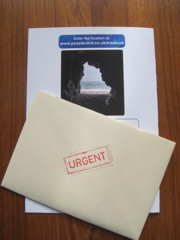 Treasure of Evelon Island Card - photo by Juliamaud